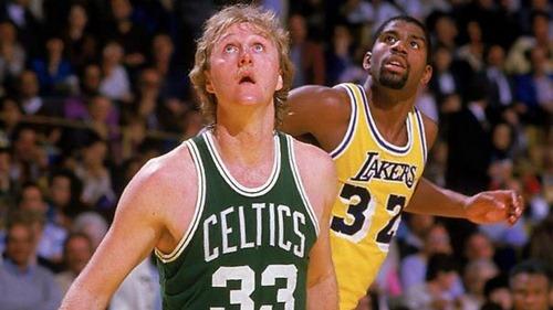 لری برد در لیست 10 بازیکن برتر NBA