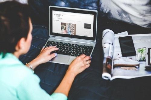 معنی بلاگر چیست؟