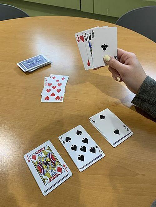 نگاه کوتاهی به بازی کارتی پوکر