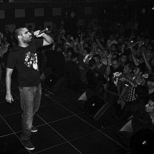 کنسرت های رپر های غیر مجاز ایران